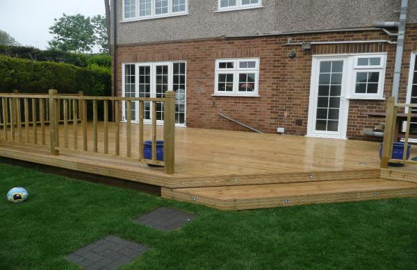 Decking letchworth royston st albans for Garden decking designs uk